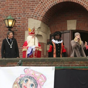 "Sint 2014 • <a style=""font-size:0.8em;"" href=""http://www.flickr.com/photos/135256382@N06/20979825430/"" target=""_blank"">View on Flickr</a>"