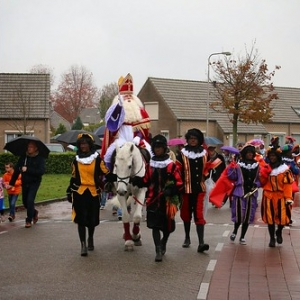 "Sint 2014 • <a style=""font-size:0.8em;"" href=""http://www.flickr.com/photos/135256382@N06/20981120739/"" target=""_blank"">View on Flickr</a>"