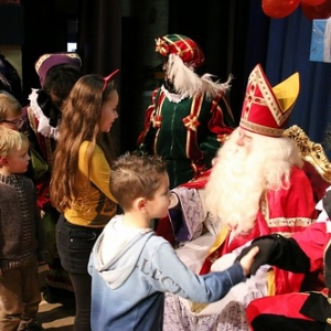 "Sint 2014 • <a style=""font-size:0.8em;"" href=""http://www.flickr.com/photos/135256382@N06/20545274644/"" target=""_blank"">View on Flickr</a>"