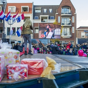 "sinterklaas Asten 2017 • <a style=""font-size:0.8em;"" href=""http://www.flickr.com/photos/135256382@N06/37887227394/"" target=""_blank"">View on Flickr</a>"