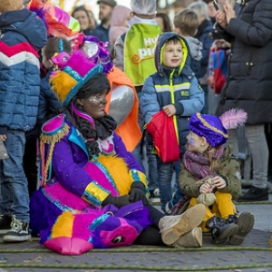 "Intocht Sinterklaas Asten 2018 (25) • <a style=""font-size:0.8em;"" href=""http://www.flickr.com/photos/135256382@N06/44156910420/"" target=""_blank"">View on Flickr</a>"