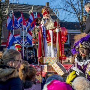 "Intocht Sinterklaas Asten 2018 (72) • <a style=""font-size:0.8em;"" href=""http://www.flickr.com/photos/135256382@N06/44156711670/"" target=""_blank"">View on Flickr</a>"