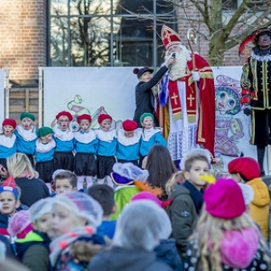 "Intocht Sinterklaas Asten 2018 (33) • <a style=""font-size:0.8em;"" href=""http://www.flickr.com/photos/135256382@N06/44156908110/"" target=""_blank"">View on Flickr</a>"