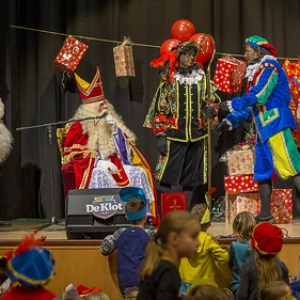 "Sinterklaas in Asten 2016 • <a style=""font-size:0.8em;"" href=""http://www.flickr.com/photos/135256382@N06/30898145341/"" target=""_blank"">View on Flickr</a>"