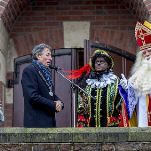 "Sinterklaas in Asten 2016 • <a style=""font-size:0.8em;"" href=""http://www.flickr.com/photos/135256382@N06/30869898012/"" target=""_blank"">View on Flickr</a>"